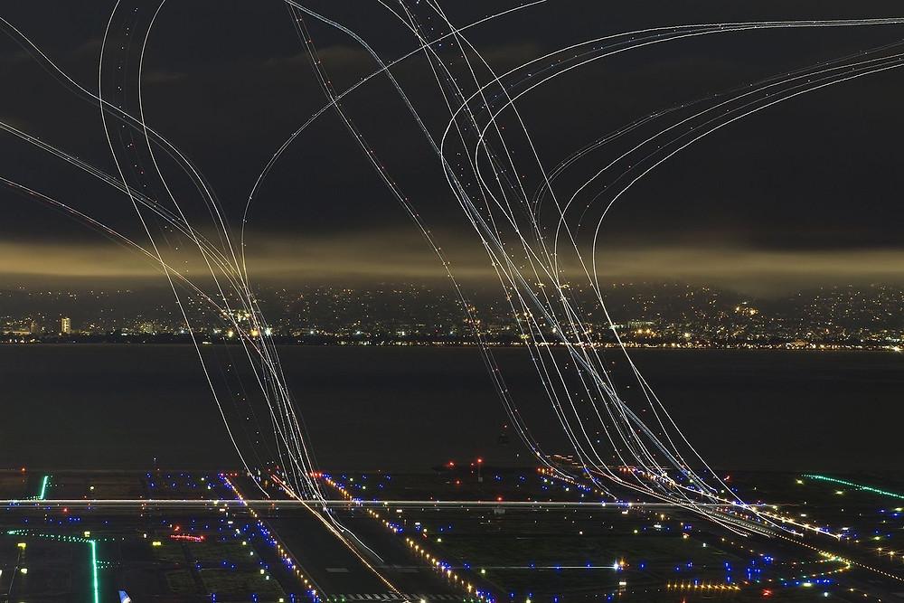 """""""Hava trafiğinin 4 saati"""" Fotoğrafçı:  Garret Suhrie, Onur Ödülü"""
