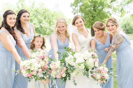wedding party bouquets auburn venue