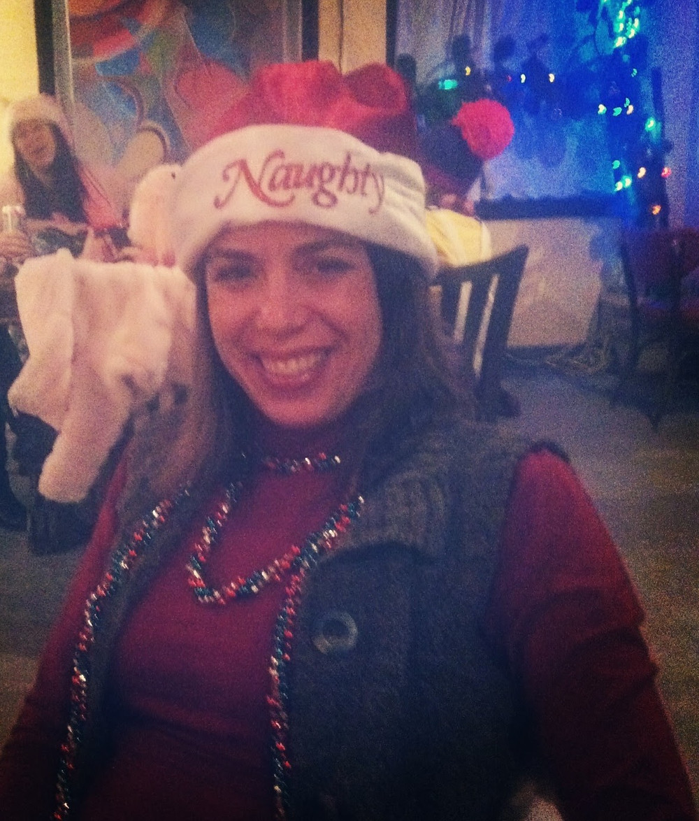 Gina Micek, Lowertown SantaCon 2013, Golden's Deli