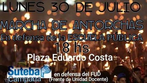 Paro nacional y marcha de antorchas en Campana
