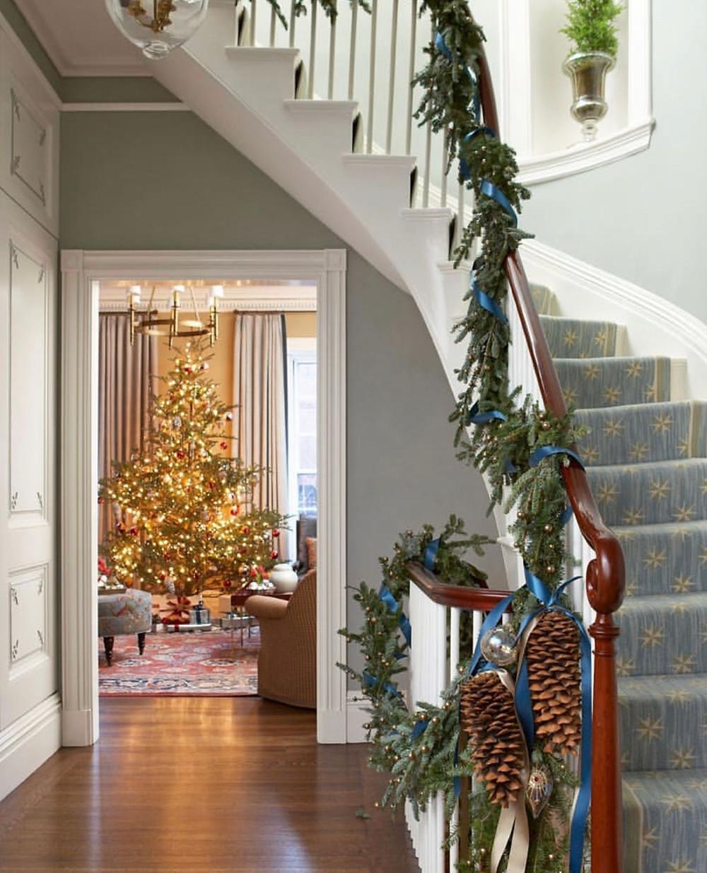 #tradtionalchristmasdecor #traditionalchristmas #timelessdesign #Designerlife #Designerliving #luxurydesign #christmas2018 #Christmasdecor #beaconhill