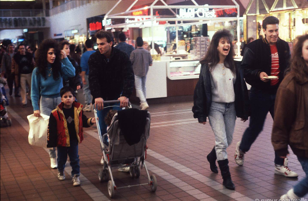 1990 Shopping