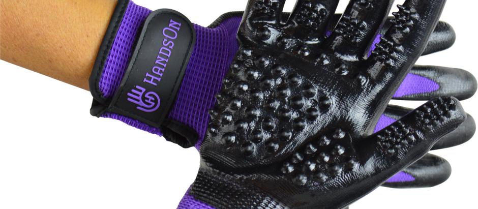 HandsOn Gloves – Animal Gloves for DeShedding/Bathing