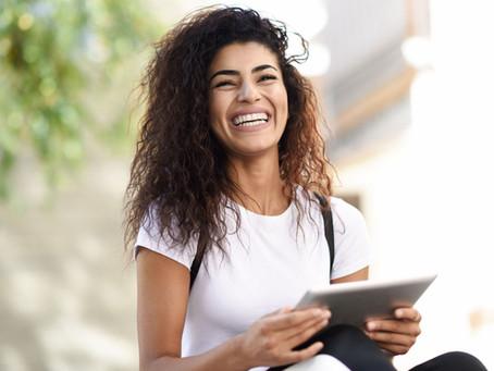 Clareamento Dental: o que é preciso para um sorriso branco