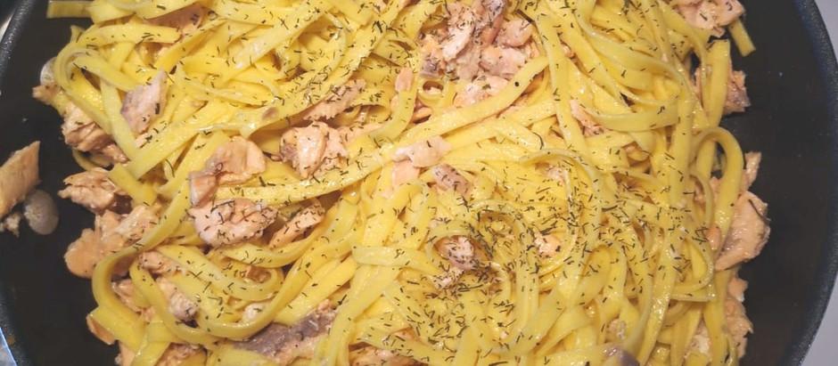Tagliatelle al salmone e limone