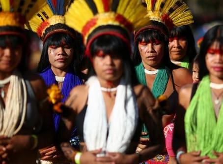 Uma assembleia de povos defende a Amazônia