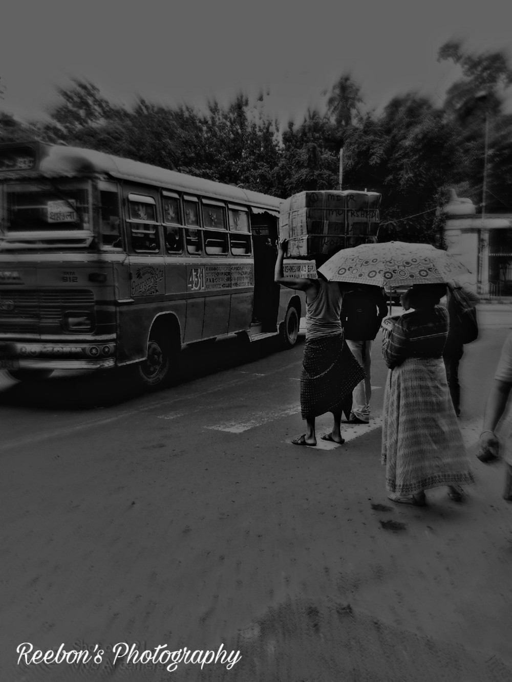 Kolkata bus stop photography bangla canvas