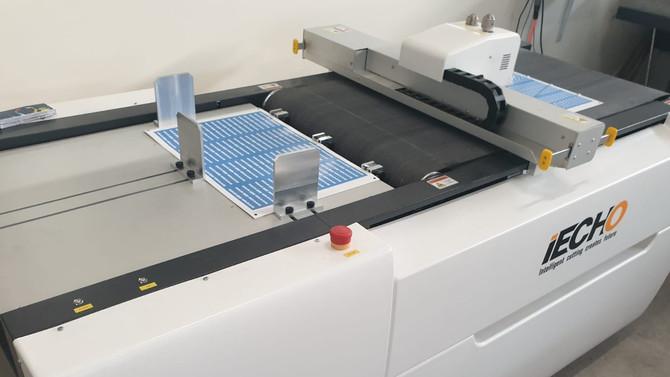 הכנת מארזים ודפי מדבקה
