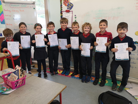 The boys and girls of Burrane NS delighted with their STEM certificates after all their hard work 😁