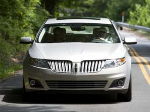 Living Large in a Lincoln: '09 Lincoln MKS