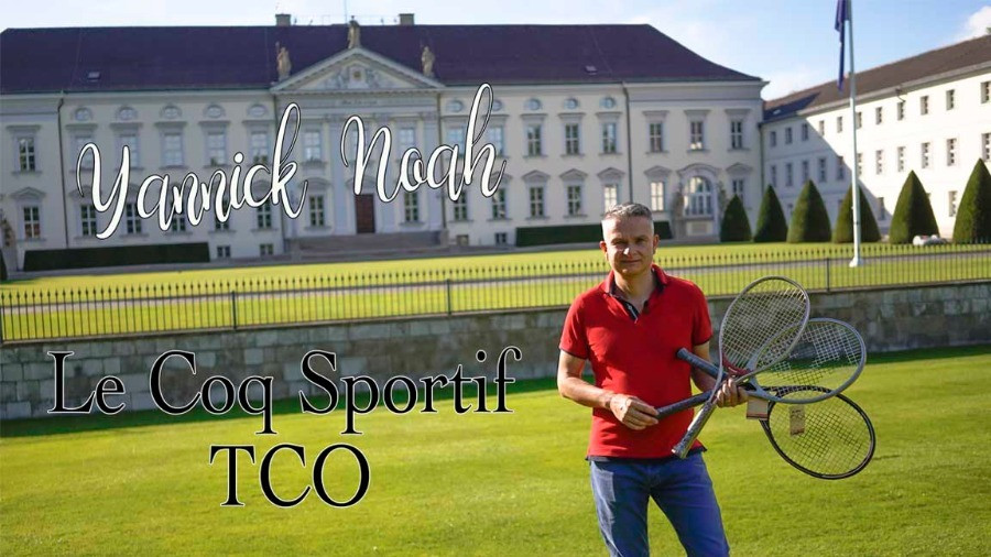 Andreas Fixemer with 3 Le Coq Sportif Rackets in front of Bellvue Palace, Berlin