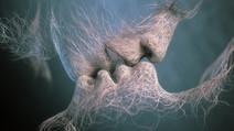 Ruhunu bencillikten arındırmak mıdır Aşk?