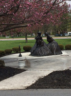 memorial ladies statue.JPG