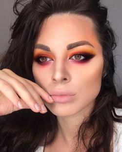 Eyeshadow _makeuprevolutionfrance founda