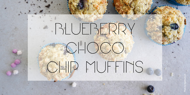 Vegan Blueberry Chocolate Chip Muffins with Crumble