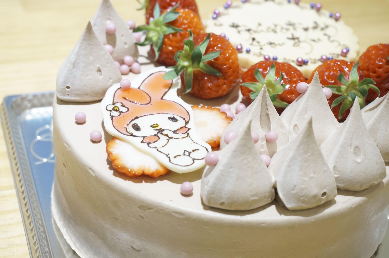 バースデーケーキ サンリオ