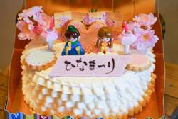 ひなまつりケーキ1