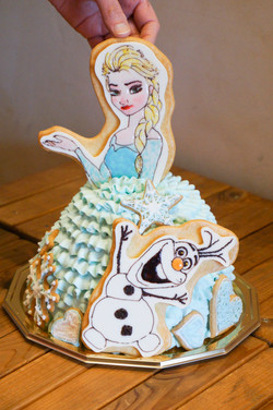 エルサとオラフ3Dケーキ