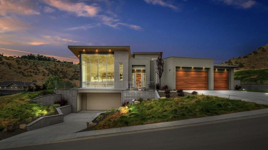 Custom Boise Foothill Home Design
