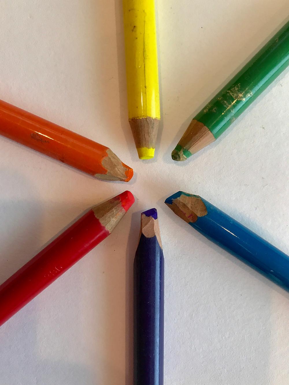 Color pencil color wheel by Kate Moynihan