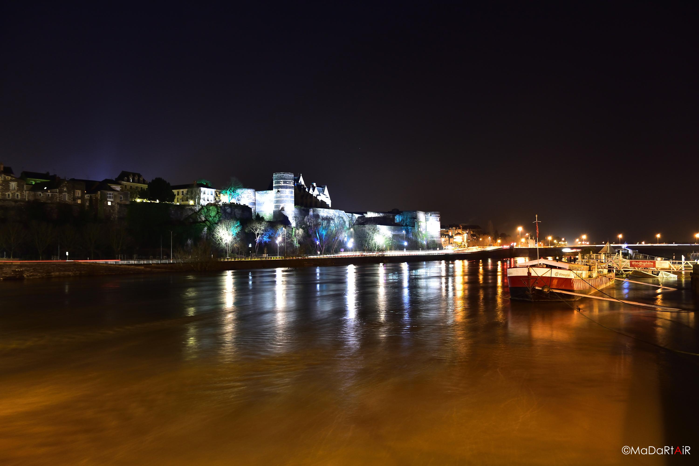 Angers, la nuit