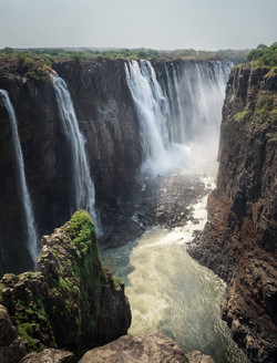 DS_VICTORIA FALLS_SALLY BAYLEY