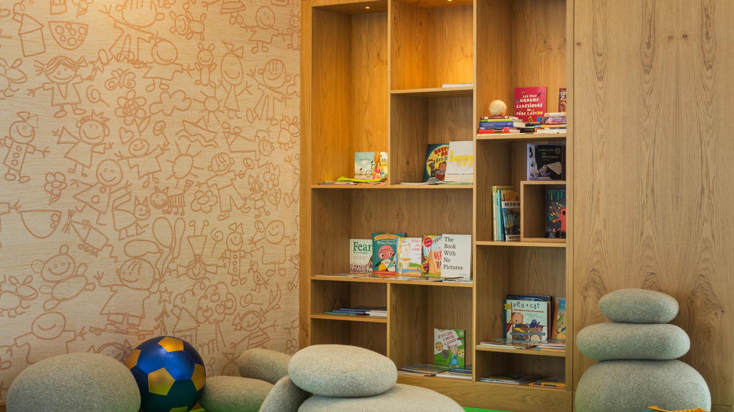 DXBAH_Kids Club.Library
