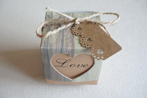 крафт love кутийка за подарък за влюбени