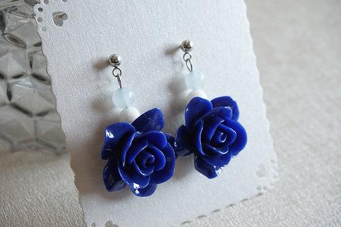 обеци със сини рози