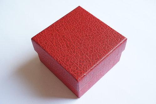Кутийка за подарък red lux