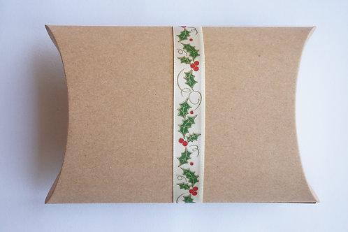 Крафт кутийка за подарък 2