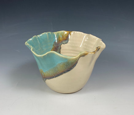 Feather Edge Bowl SM Turquoise/Clear/Sand