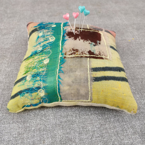 Luxury pin cushion