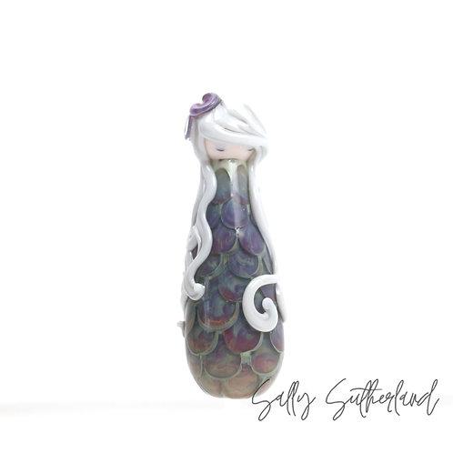 Lost Girl, Doll Bead