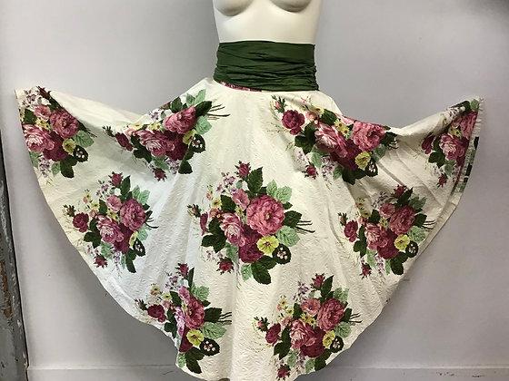 1950's Wild English Rose Circle Skirt w/ Huge Sash
