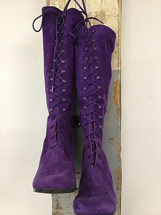 1970's Purple Suede Boots !