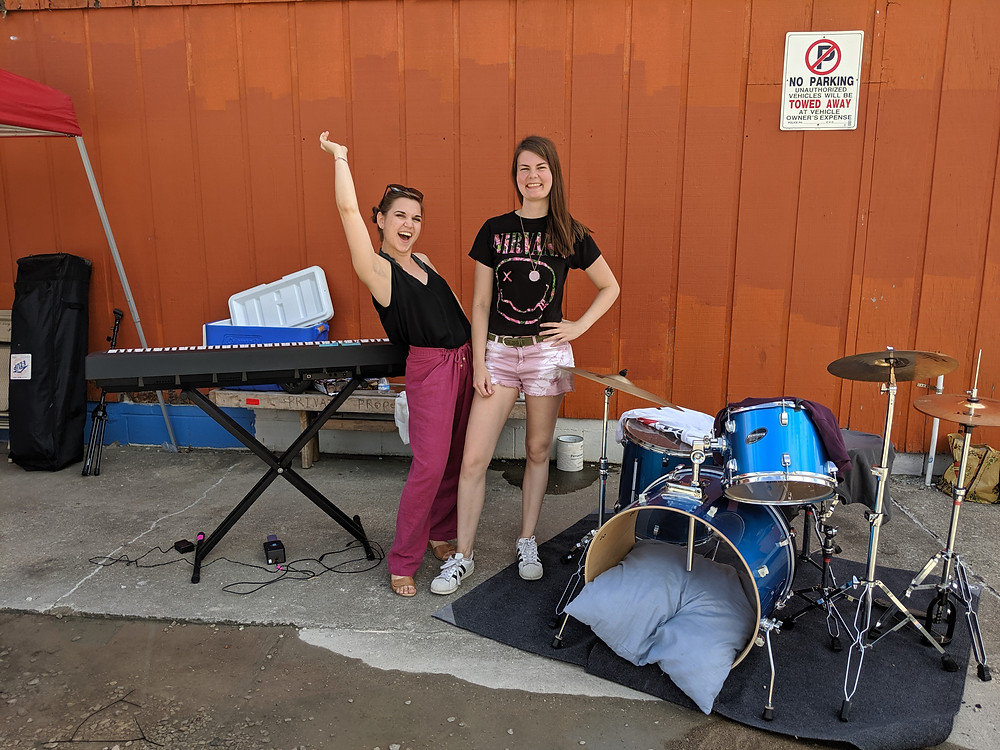 GraceKellie, band, music, outdoors, concert, pose, piano, drums