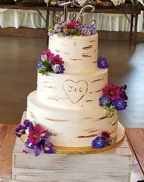 Carved like a Tree Wedding Cake with Couple's Initials