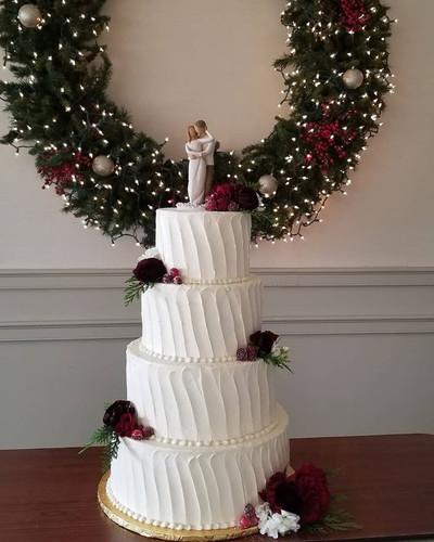 wedding cake #22.jpg