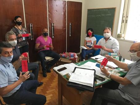 Sindicomércio doa máscaras para entidades carentes de Itaúna