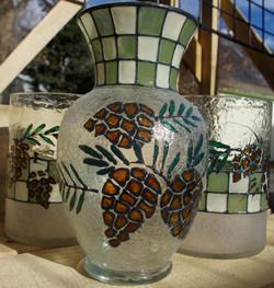 pinecone vase line