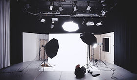 photographer-studio.jpg