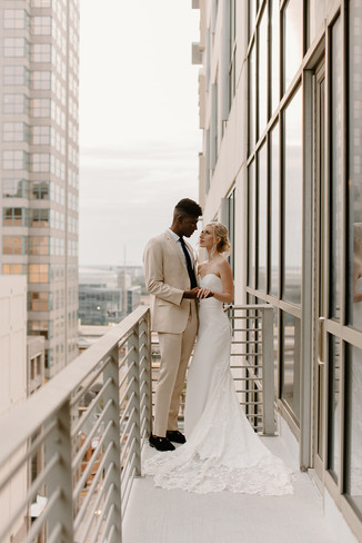 The_Balcony_Orlando_BrideandGroom_2-2_we