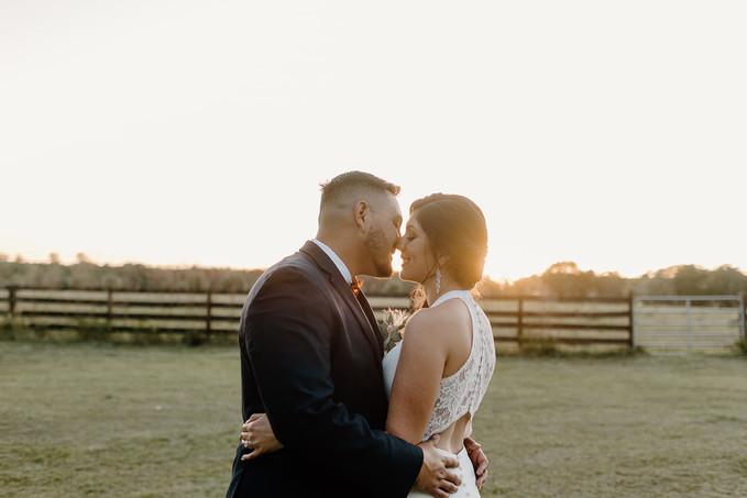 The_Edison_Barn_Wedding_BrideandGroom2-5