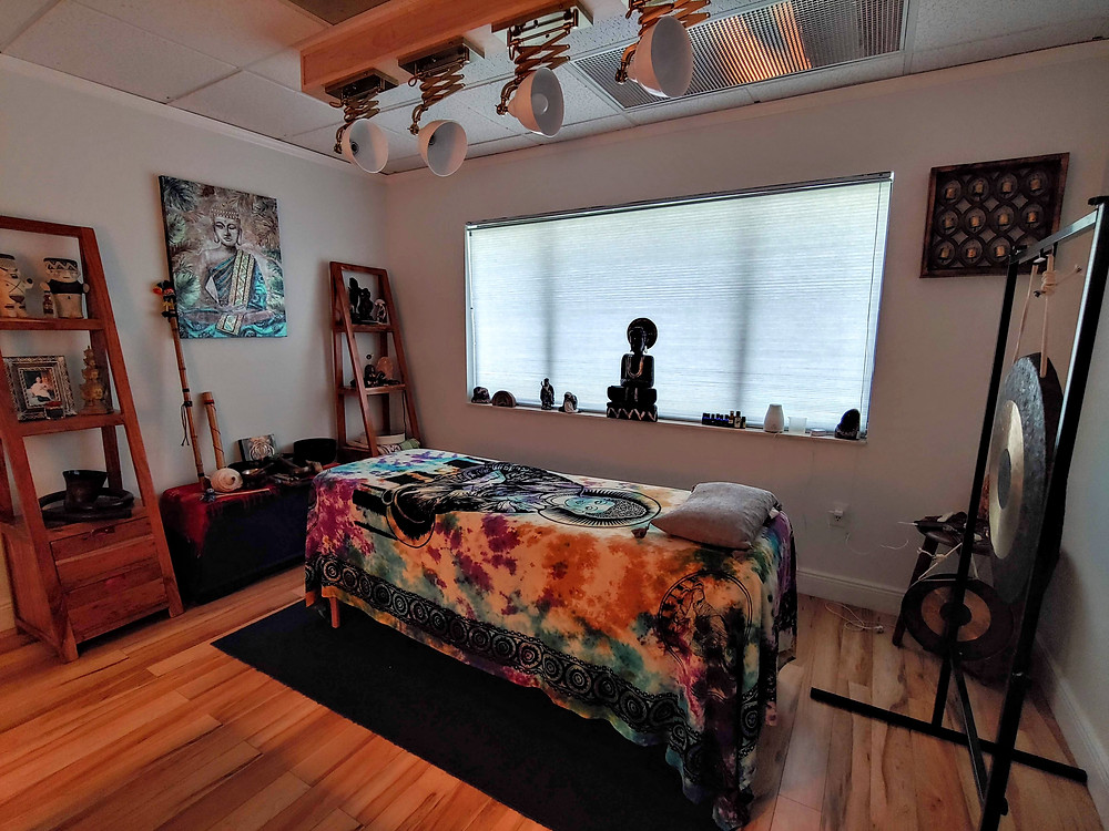 Shifu Orlando Schiaffino Healing room at Sadana Center.