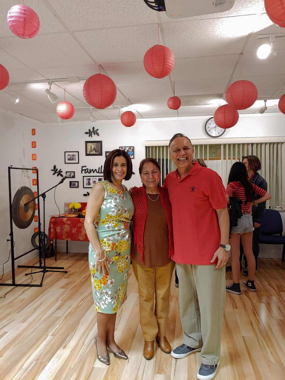 Shifu Orlando, his mom Aida, and Simo Ana