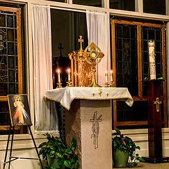 Live Eucharistic Adoration