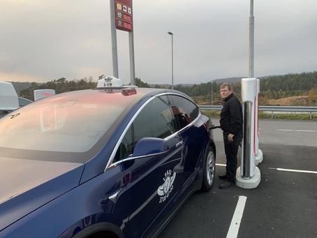 Ny rapport om elektriske drosjer