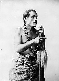 Samoan_talking_chief_Lauati,_between_189