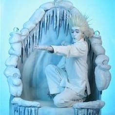 live jack frost juggler statue